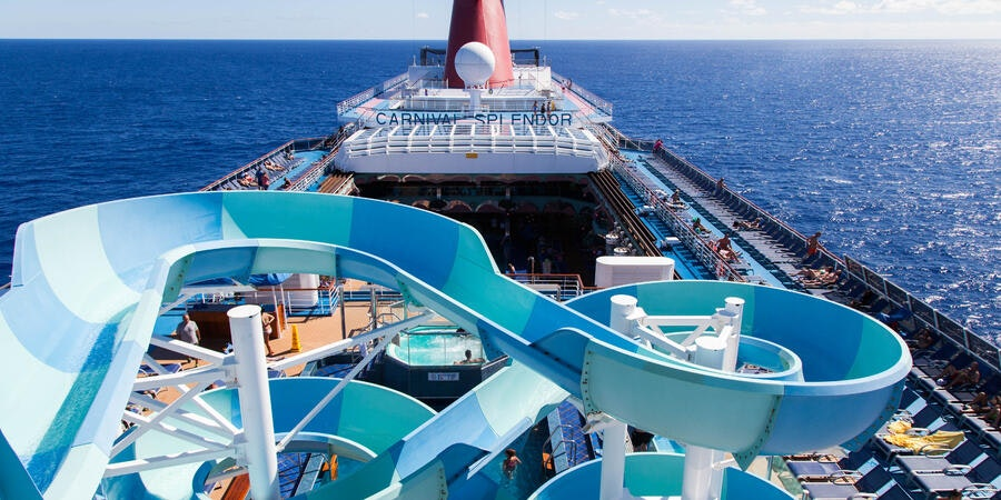 The Pool Deck and Waterpark on Carnival Splendor (Photo: Cruise Critic)