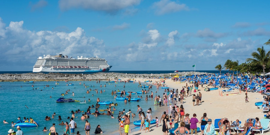 Norwegian Breakaway at Great Stirrup Cay (Photo: Cruise Critic)