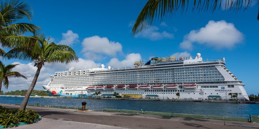 Cruise Lines Offer Booking Incentives for Future Cruises