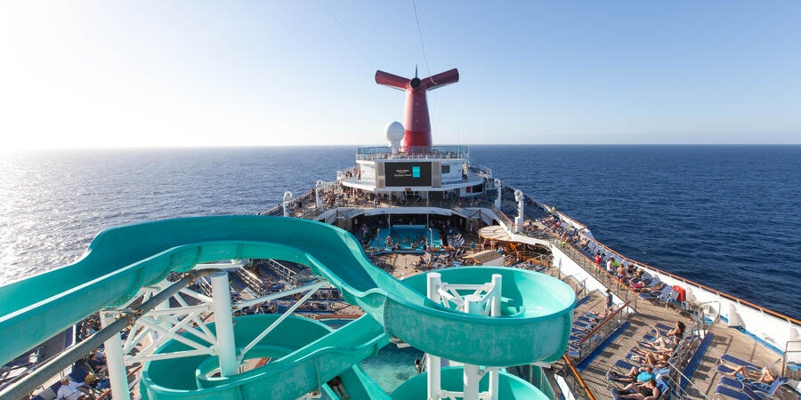 10 Can't-Miss Things to Do on a Cruise Ship