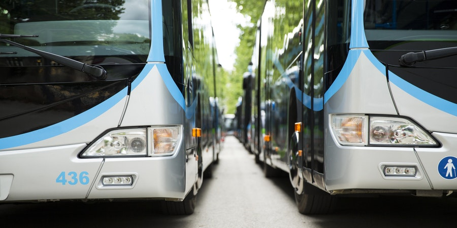 Shuttle Busses (Photo: Juanan Barros Moreno/Shutterstock)