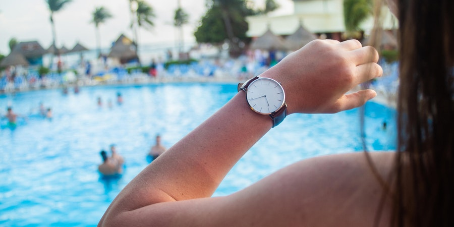 5 Best Nautical Watches So You Can Avoid Being a Pier Runner on Your Next Cruise