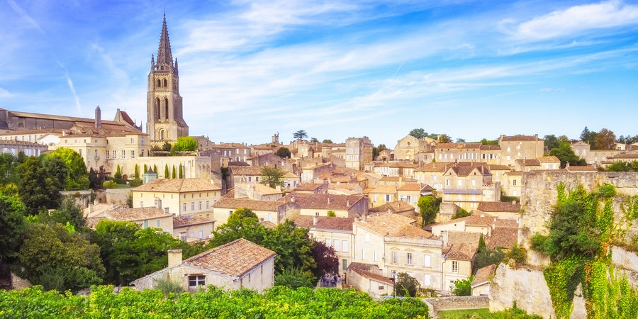 Saint Emilion Village in Bordeaux Region, France (Photo: Martin M303/Shutterstock)