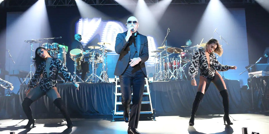 Pitbull performing at Norwegian Cruise Line's CruiseWorld 2018 event (Photo: Norwegian Cruise Line)