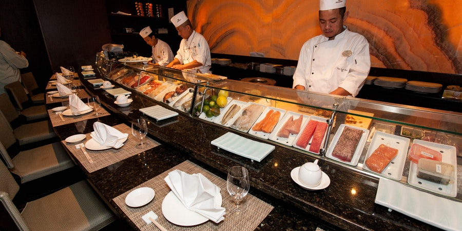Umi Uma & Sushi Bar on Crystal Symphony (Photo: Cruise Critic)