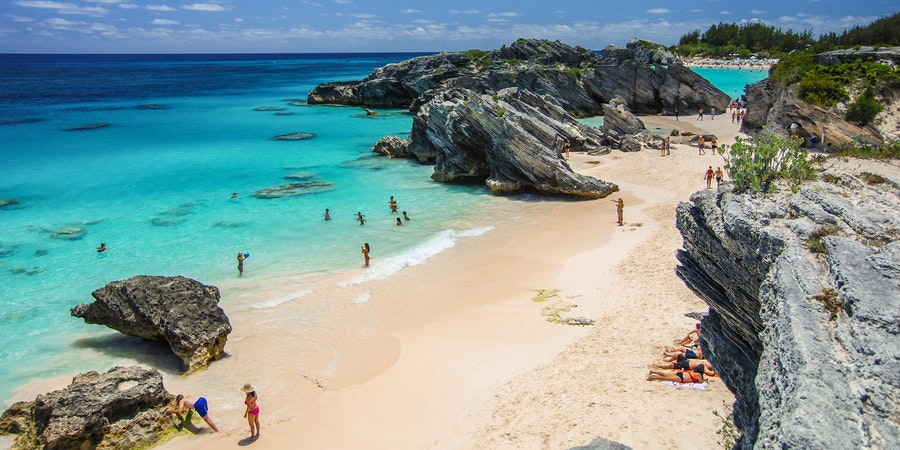 Beyond the Horseshoe Bay, Bermuda (Photo: instacruising/Shutterstock)
