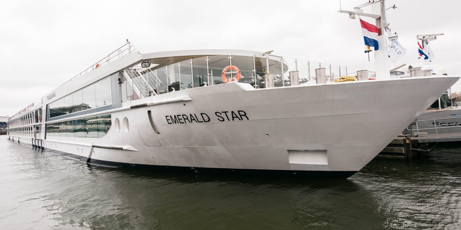 Ship Exterior on Emerald Star