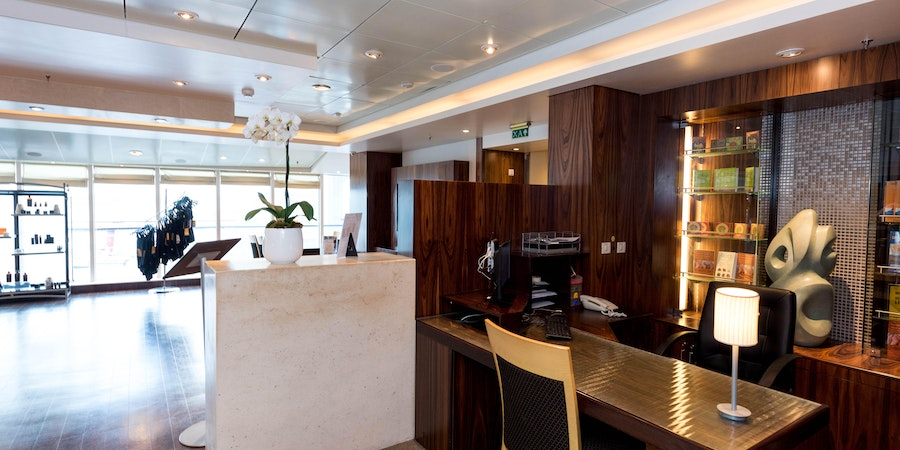 Spa Reception on Queen Mary 2 (QM2)