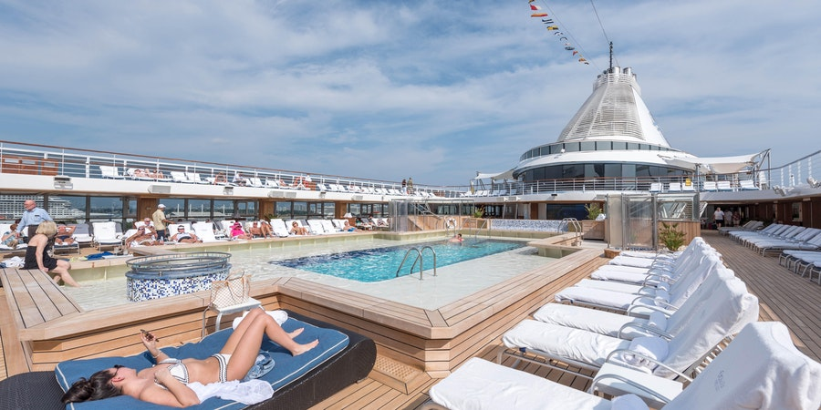 The Pool on Marina (Photo: Cruise Critic)