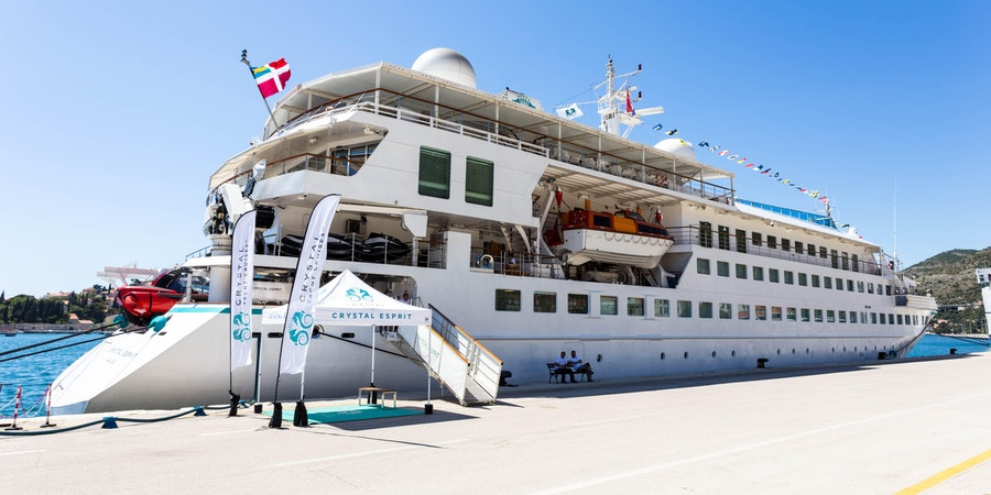 Ship Exterior on Crystal Esprit