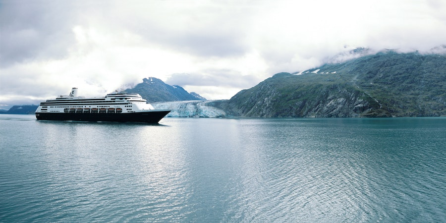 Zaandam Cruising in Alaska (Photo: Holland America)