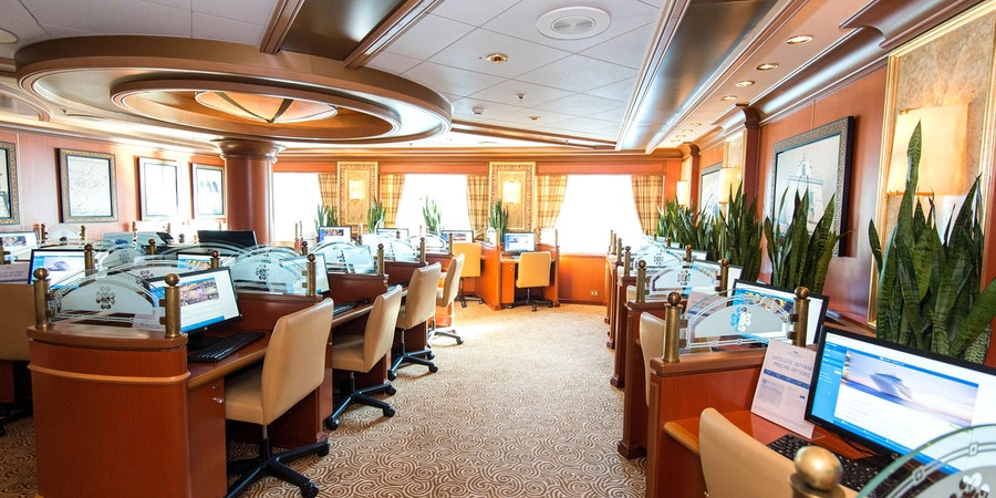 Internet Cafe on Ruby Princess (Photo: Cruise Critic)