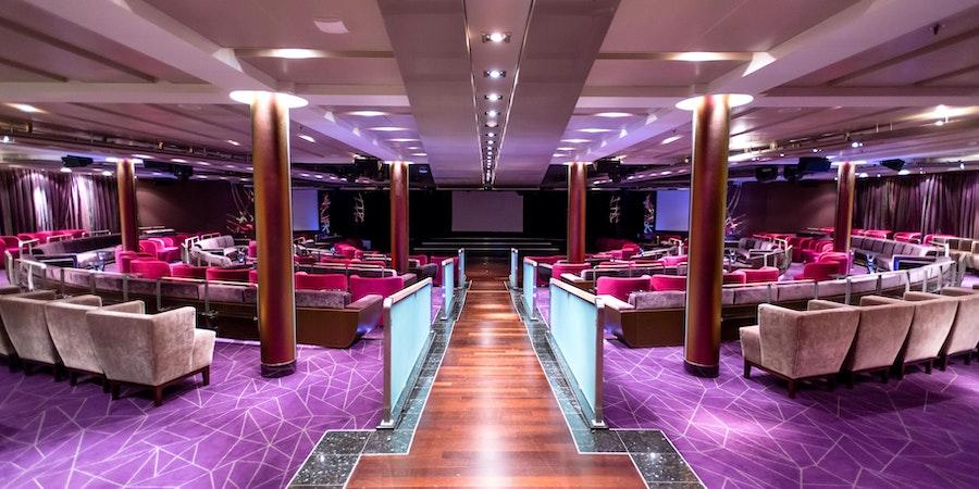 Grand Salon on Seabourn Quest (Photo: Cruise Critic)