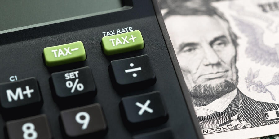 Filing Taxes (Photo: eamesBot/Shutterstock)