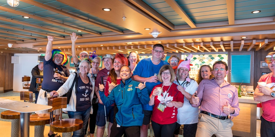 Cruise Critic Pub Crawl on Norwegian Bliss (Photo: Cruise Critic)