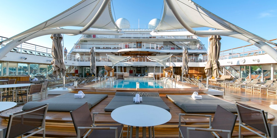 Main Pool on Seabourn Ovation