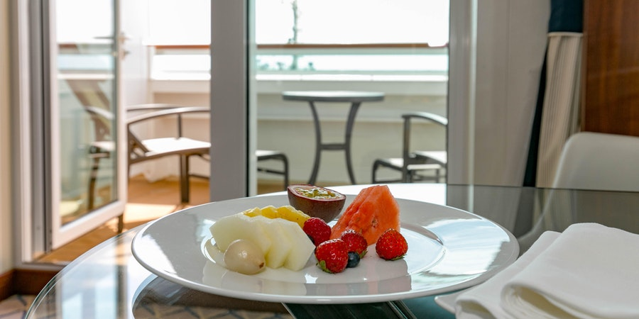 Room Service on Seabourn Ovation (Photo: Cruise Critic)
