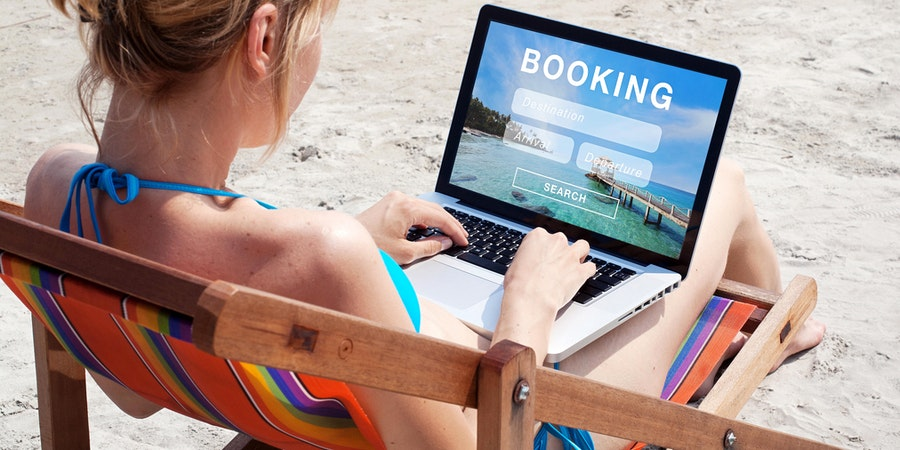 There are lots of options for booking a cruise online (Photo: Song_about_summer/Shutterstock)