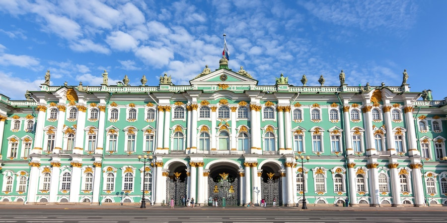 Hermitage Museum in St. Petersburg, Russia (Photo: Mistervlad/Shutterstock)