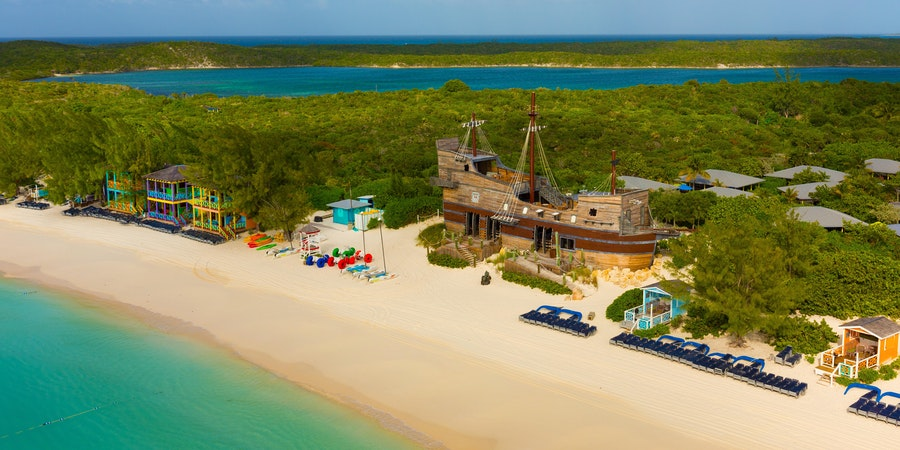 Half Moon Cay Cabanas (Photo: Carnival Cruise Line)