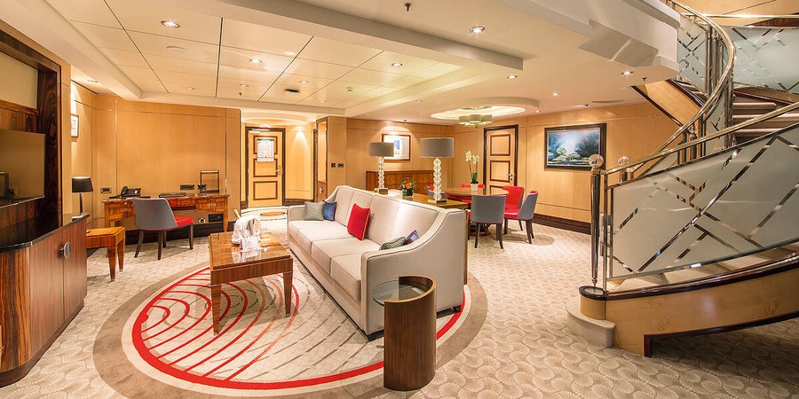 Queen Mary 2 Queens Grill Grand Duplex (Photo: Cunard Line)