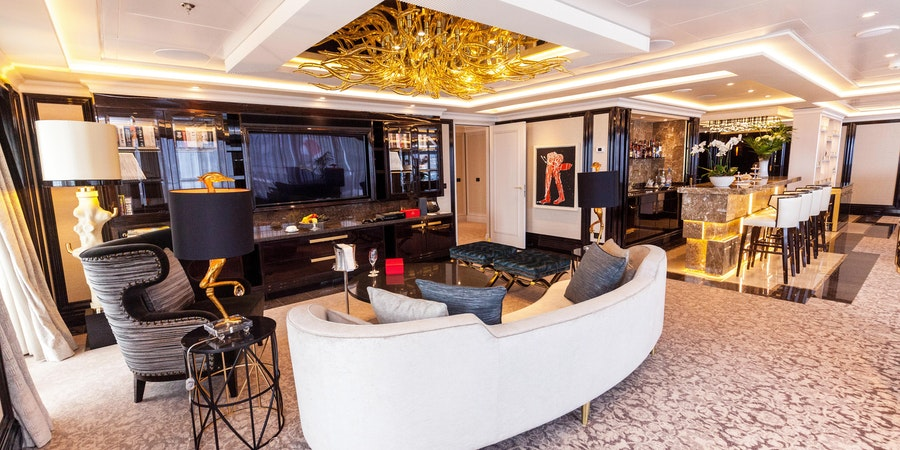 The Regent Suite on Seven Seas Explorer (Photo: Cruise Critic)