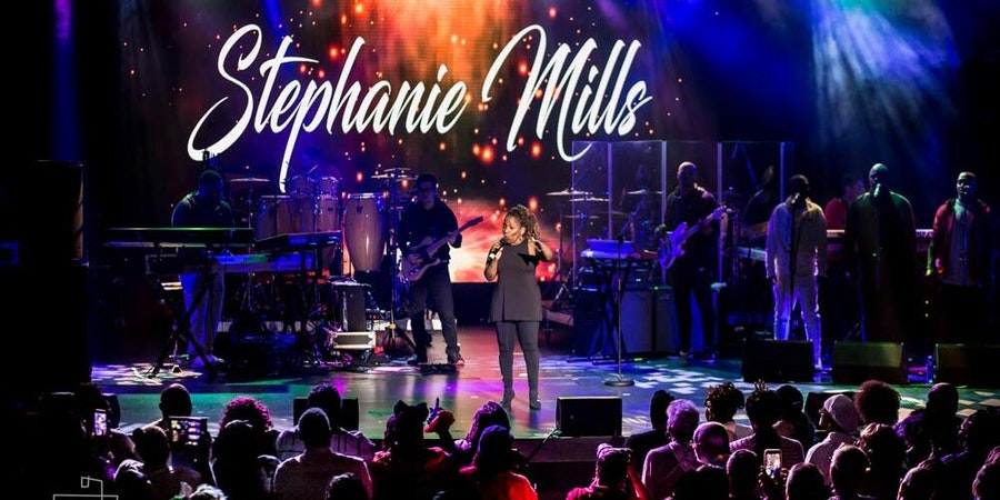 Stephanie Mills performing on day three of the 2019 Soul Train Cruise (Photo: The Soul Train Cruise/StarVista LIVE)