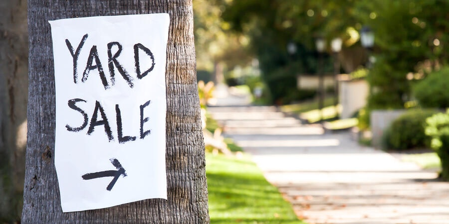 Home Yard Sale (Photo: Jerome Kundrotas/Shutterstock)