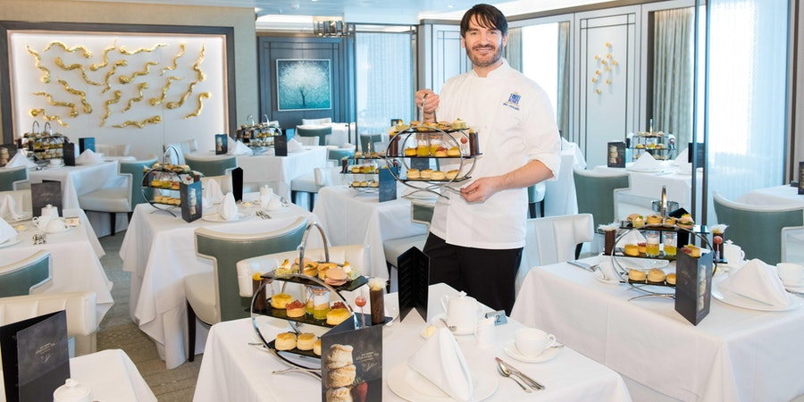 Afternoon Tea in The Epicurean by Eric Lanlard (Photo: P&O Cruises)