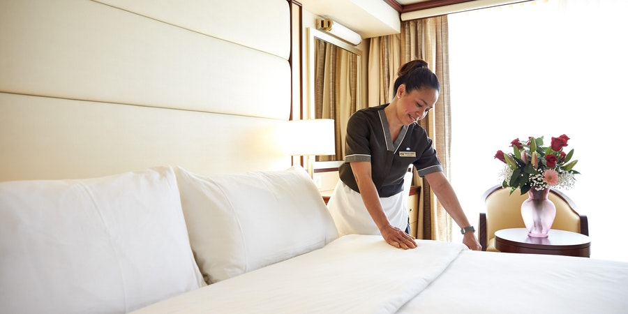 What to Expect on a Cruise: Cabin Stewards