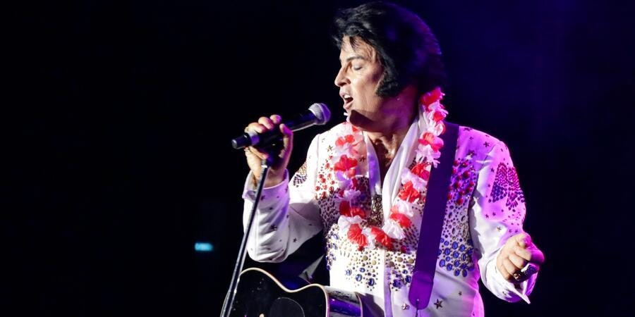 Elvis Performance at the P&O's Tribute to the King Cruise (Photo: P&O Cruises Australia)