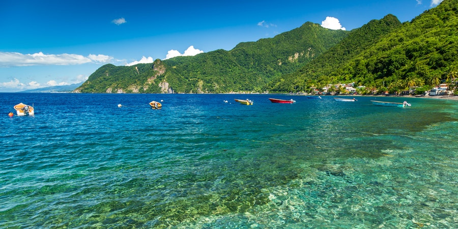 Soufriere Bay, Dominica, Caribbean (Photo: loneroc/Shutterstock)