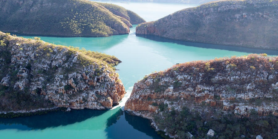 Horizontal Waterfalls, Talbot Bay, Kimberley, Australia (Photo: robert mcgillivray/Shutterstock)