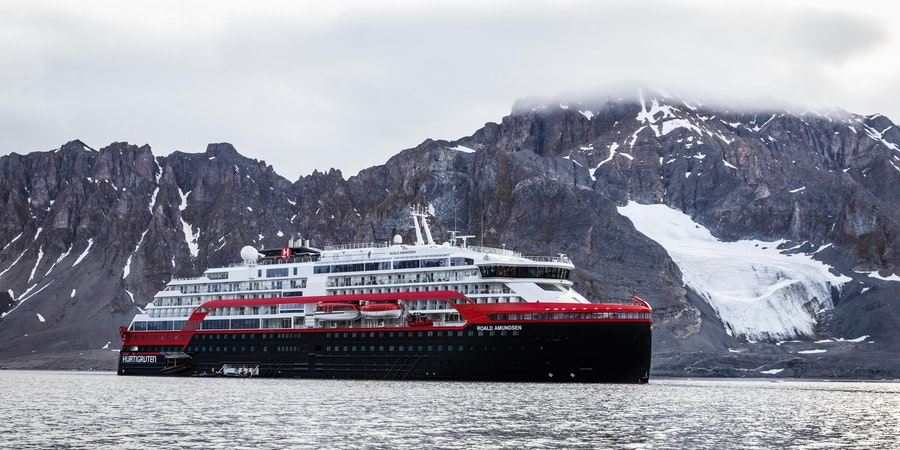 Norway Suspends Cruise Ship Docking After COVID-19 Outbreak; SeaDream I Quarantined