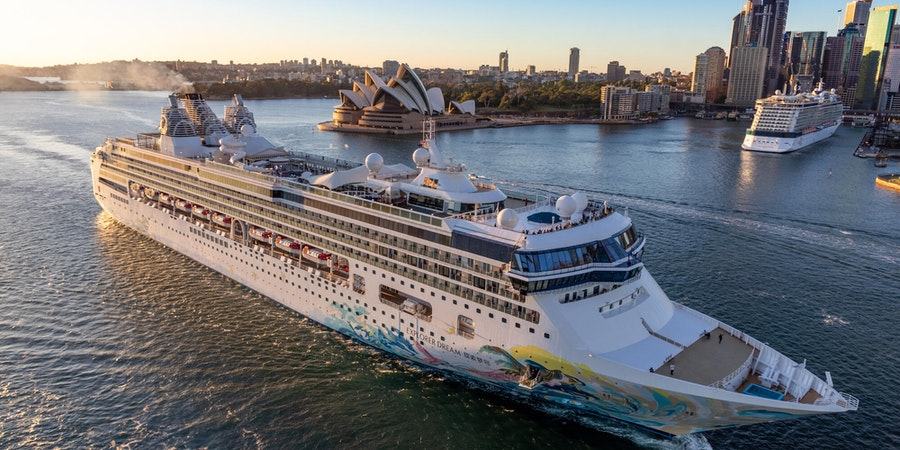 Dream Cruises' Explorer Dream in Sydney