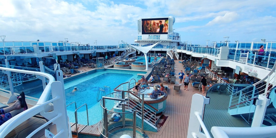 The Pool Deck on Sky Princess (Photo: Dori Saltzman/Cruise Critic)