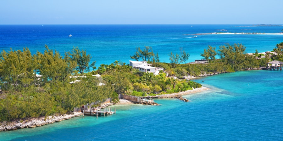 7 Best Beaches in Nassau for Cruisers