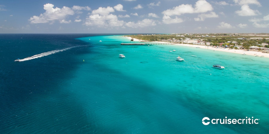 Zoom Background: Carnival Valor in Grand Turk (Photo: Cruise Critic)