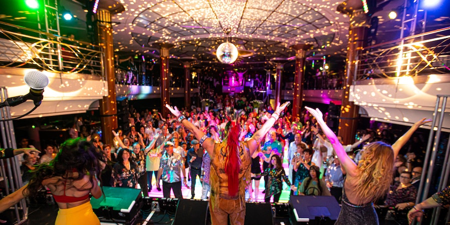 Passengers and performers on the Ultimate Disco Cruise (Photo: Ultimate Disco Cruise)