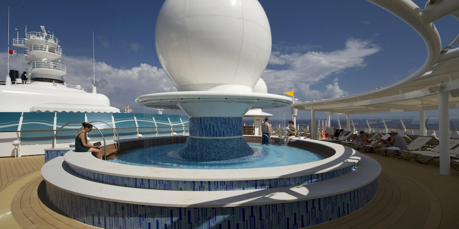 Satellite Sun Deck on Disney Dream (Photo: Disney Cruise Line)
