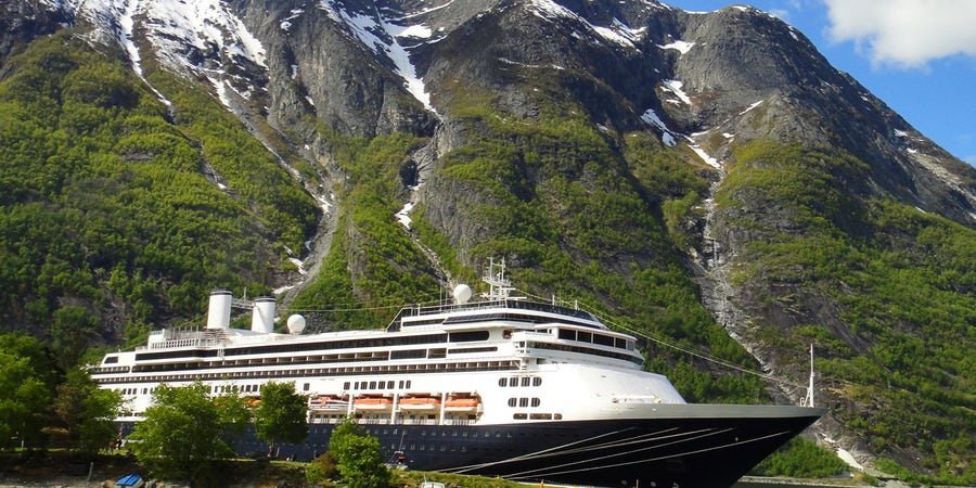 Fred. Olsen Cruise Lines Buys Two Ships From Holland America Line