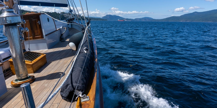 Passing Cloud sailing from Vancouver Island (Photo: Aaron Saunders/Cruise Critic)