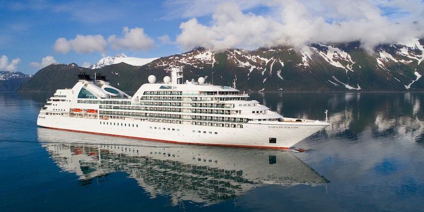 SBNABCRSA Y17 Seabourn Sojourn aerial Aialik Bay Alaska 4