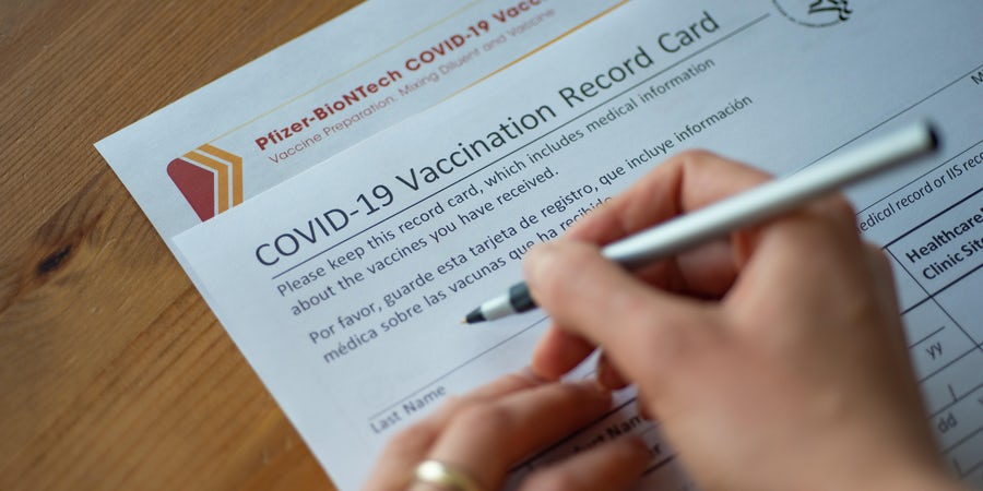 U.S. Ports, Cruise Lines Step Up Crew COVID-19 Vaccines
