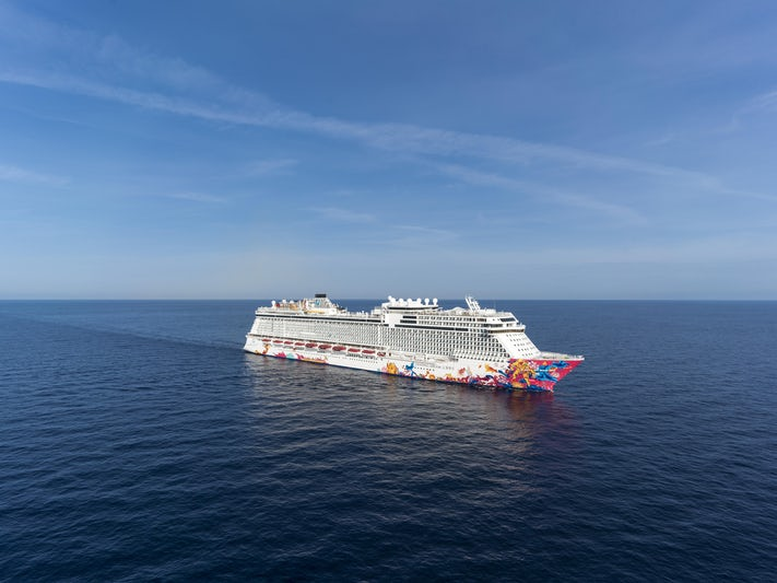 Genting Dream (Photo: Dream Cruise Line)