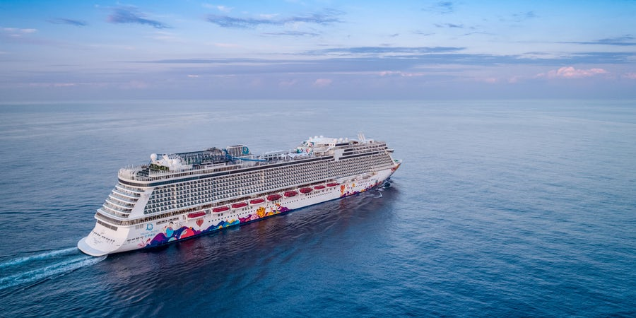 Dream Cruises Restarts Cruising in Singapore
