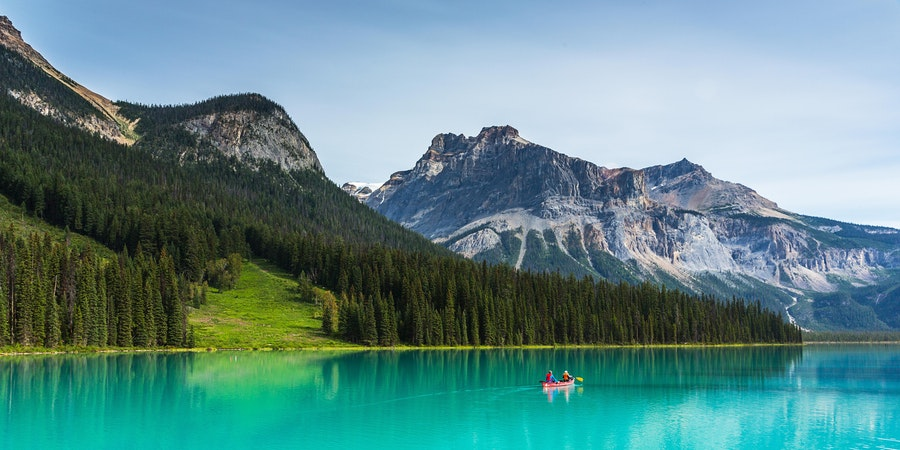 Emerald Lake in the Yoho National Park, Canada (Photo: r.classen/Shutterstock)