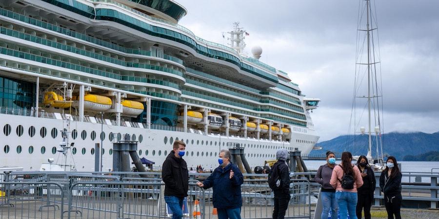 Passengers on  Dock ( Photo by  Aaron  Saunders)