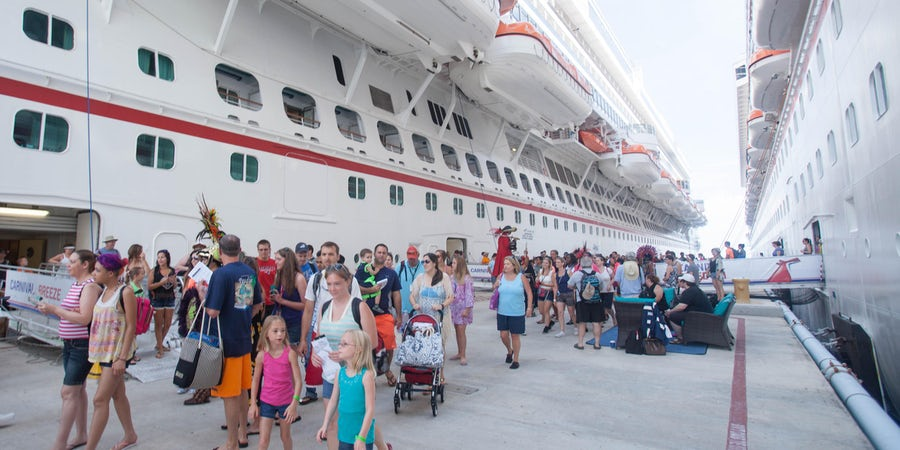 What to Expect on a Cruise: Getting Off the Ship