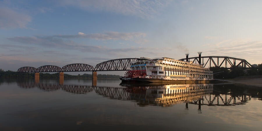 Mississippi River cruises (Photo: American Queen Steamboat Company)
